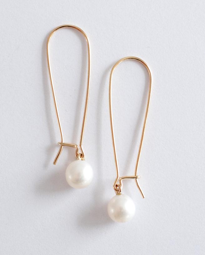 boucles d'oreilles crochets or et perles