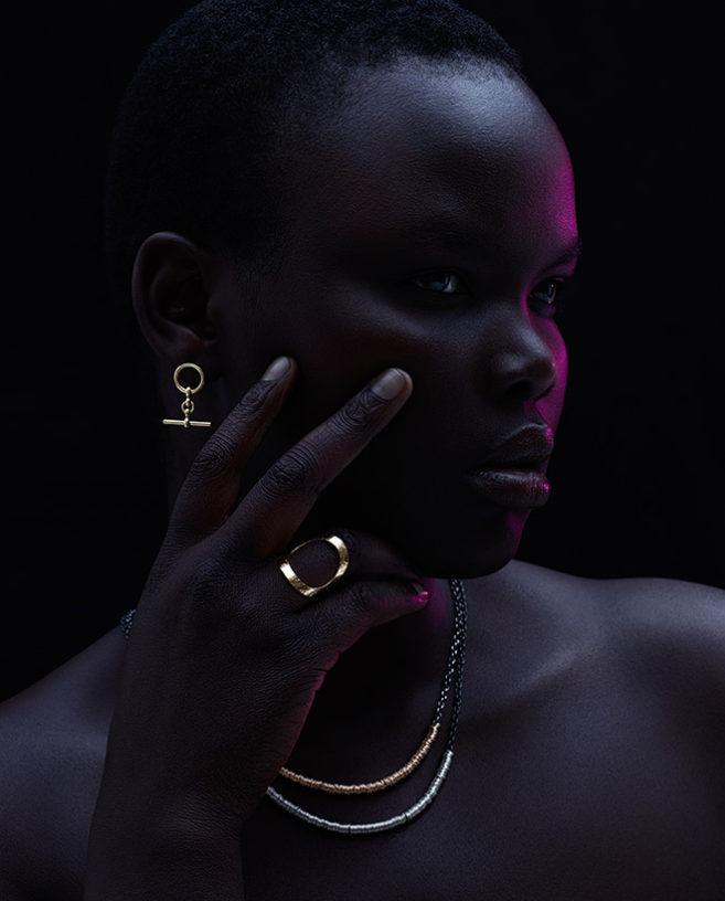 modern gold jewellery