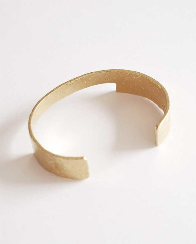 contemporary gold bracelet