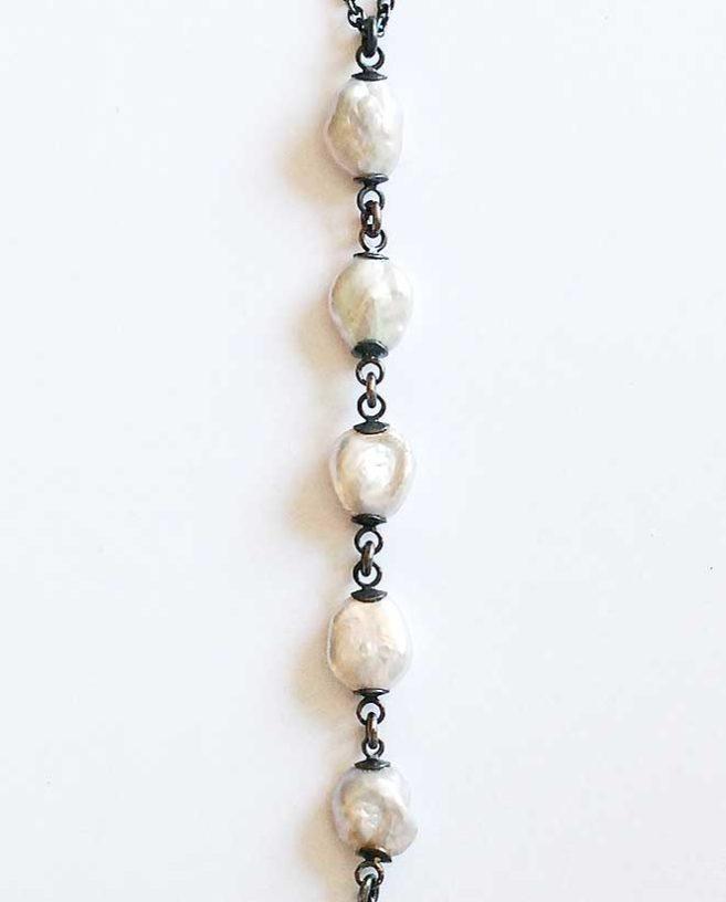 collier perles moderne