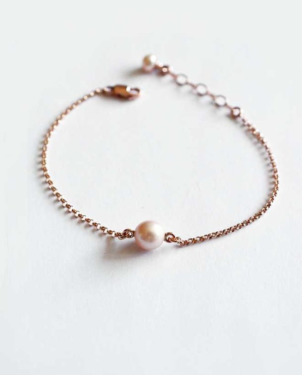 feminain bracelet or rose